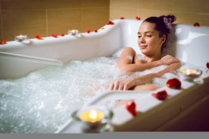 Can Using Hot Tub Cause A Miscarriage?