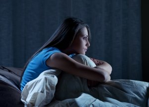 Postpartum Insomnia: Causes, Symptoms And Tips To Deal With It