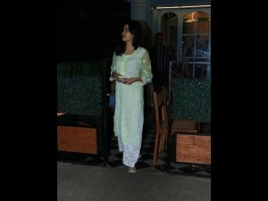 Janhvi Kapoor's Green And White Suit Is What We Wish We Could Sport On A Hot Summer Day