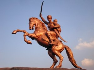 Rani Lakshmi Bai: Some Unknown Facts About The Valiant And Brave Queen Of Jhansi