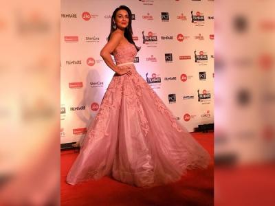 Preity Zinta Turned Into A Pretty Princess At The Filmfare Awards 2018