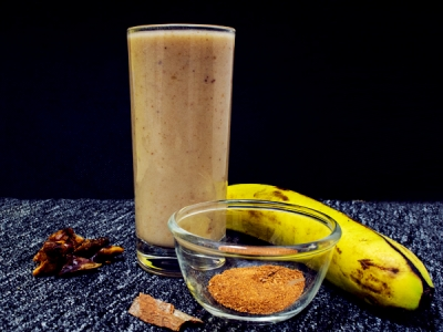 Banana And Date Smoothie For Increasing