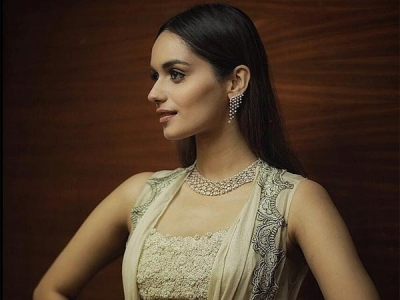 Manushi Chhillar's Dreamy Outfit