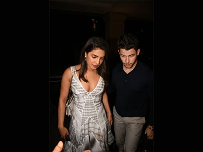 Priyanka & Nick Wow In Their Outfits