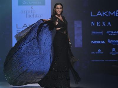 Karisma Kapoor Dazzles At LFW 2018