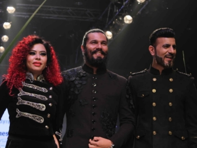 Randeep Hooda's All-Black Look