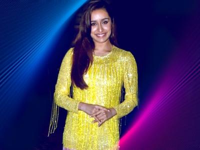 Shraddha Kapoor & Rakul Preet's Fashion