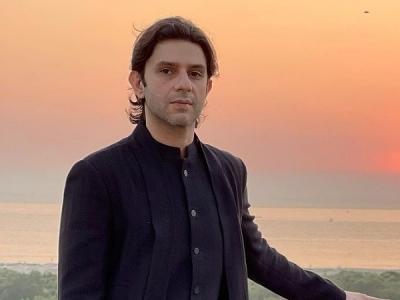 Arjun Mathur's Draped Bandhgala Set