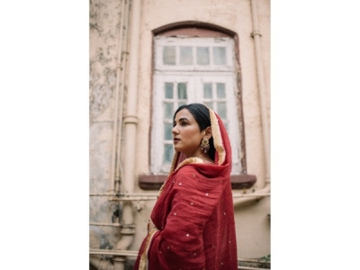Sonal Chauhan's Red Anarkali