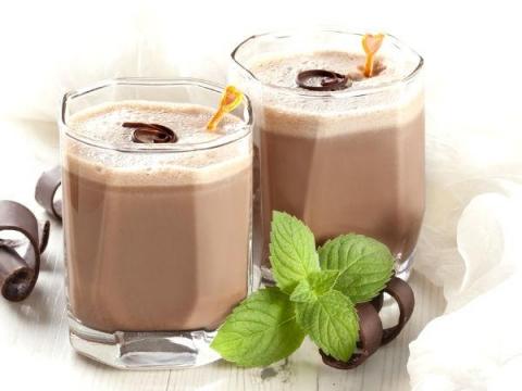 Dates & Coffee Milkshake Recipe For Parties!