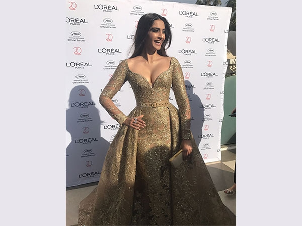 Rocking In Gold, Sonam The Cannes Princess