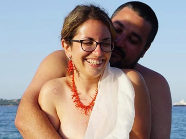 This Bride And Groom Wed In A Naked Beach Ceremony
