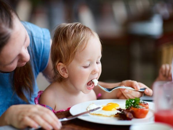 10 Foods Parents Should Avoid Giving Their Babies In The First Year